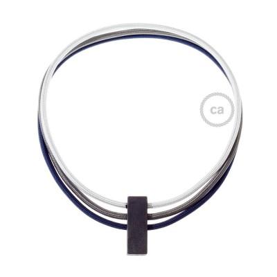 Colar Círculos colorido: Prateado RM02, Cinza Escuro RM26 e Azul Escuro RM20.