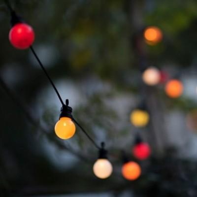 Caixa com cordão de luzes La Guinguette Ipanema