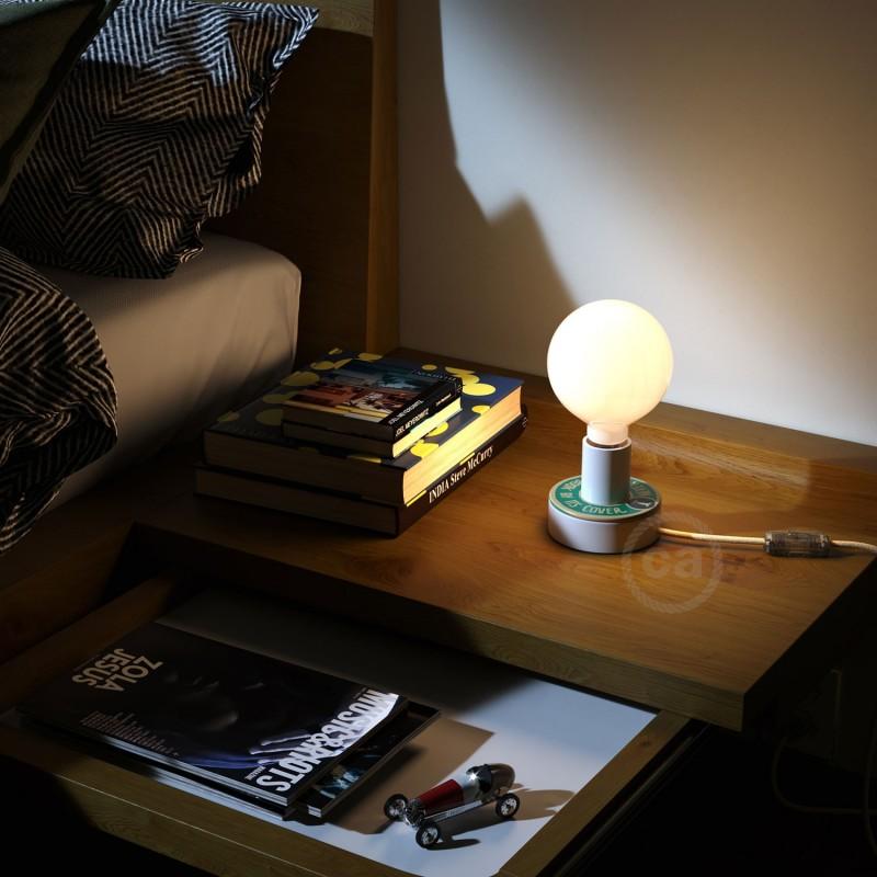 MINI-UFO: disco de madeira reversível da Coleção READING BALLSH*T, assunto COVER + ORIGINAL LANGUAGE