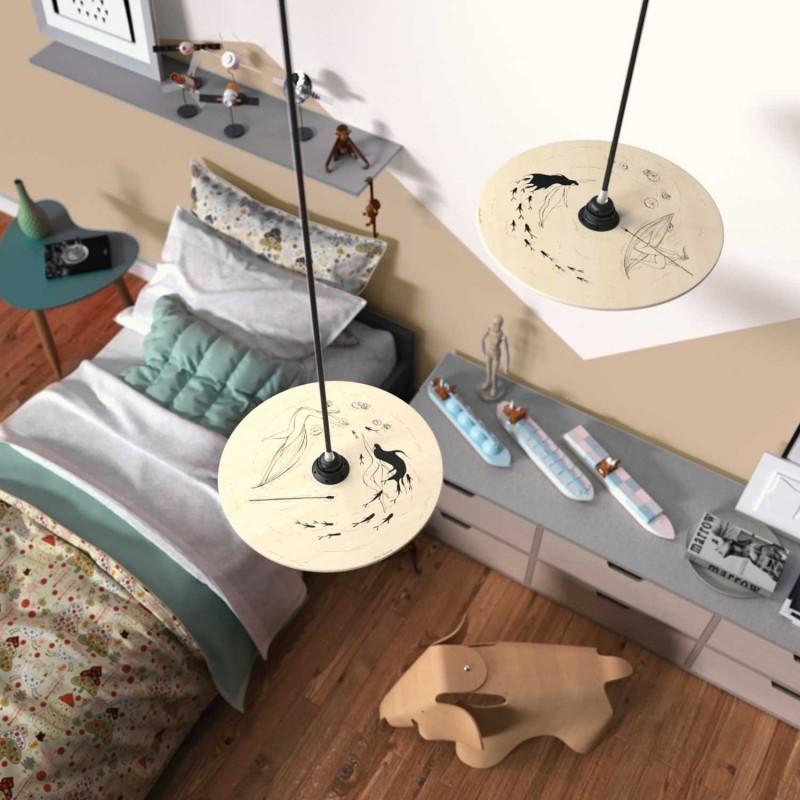 Candeeiro suspenso com cabo têxtil, abajur UFO de dupla face em madeira e detalhes em metal - Fabricado em Itália